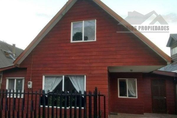 Se vende cómoda casa villa Galilea